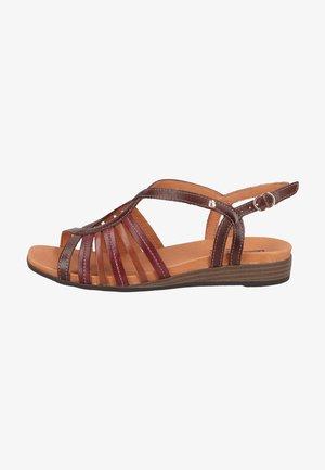 Sandali - olmo