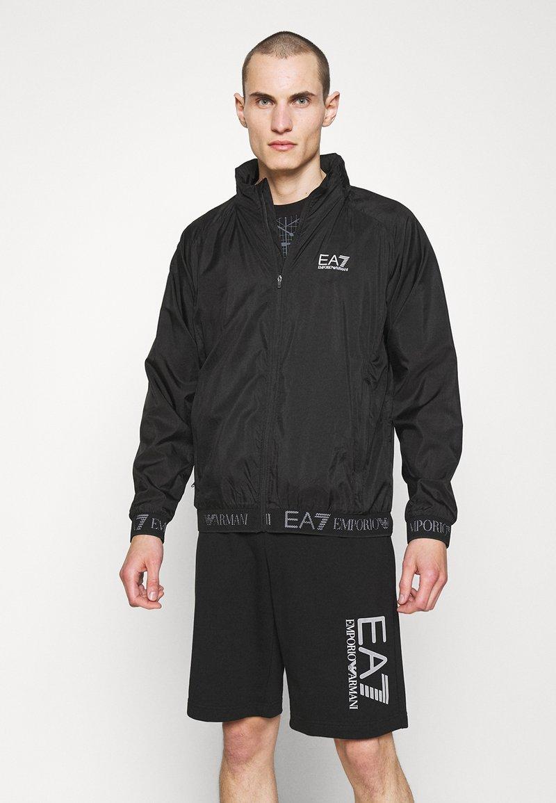 EA7 Emporio Armani - Kevyt takki - black
