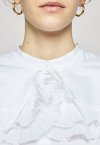 Bruuns Bazaar - POSY EDITOR - Button-down blouse - white - 7