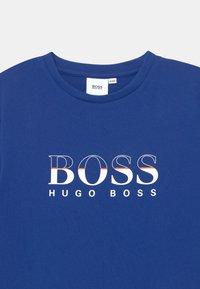 BOSS - SHORT SLEEVES TEE - Print T-shirt - blue - 2