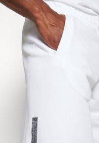 Nike Sportswear - Trainingsbroek - white - 3