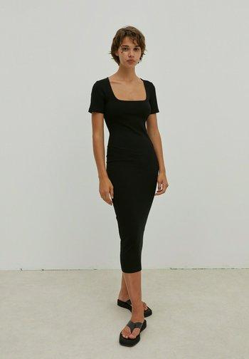 INGRID - Jersey dress - schwarz
