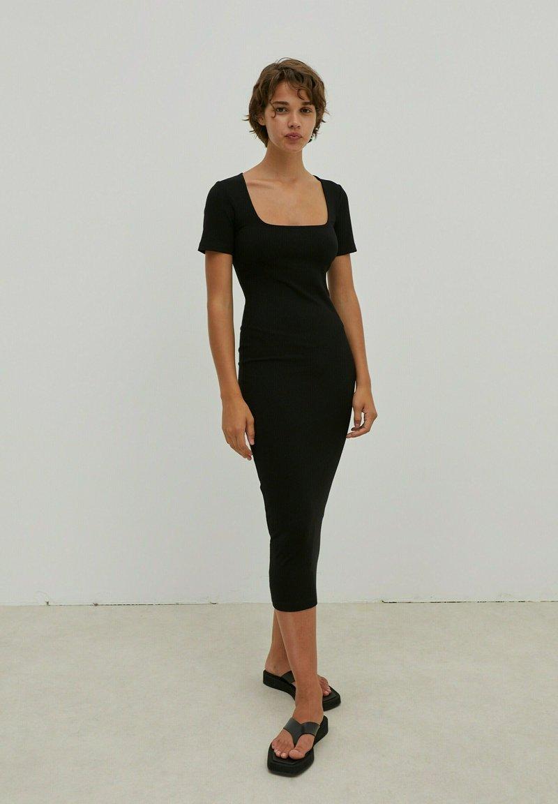 EDITED - INGRID - Jersey dress - schwarz