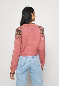 BDG Urban Outfitters - YOKED RAGLAN  - Strickjacke - pink - 2