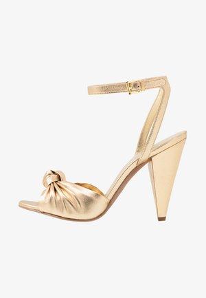 SURI  - Sandály na vysokém podpatku - pale gold