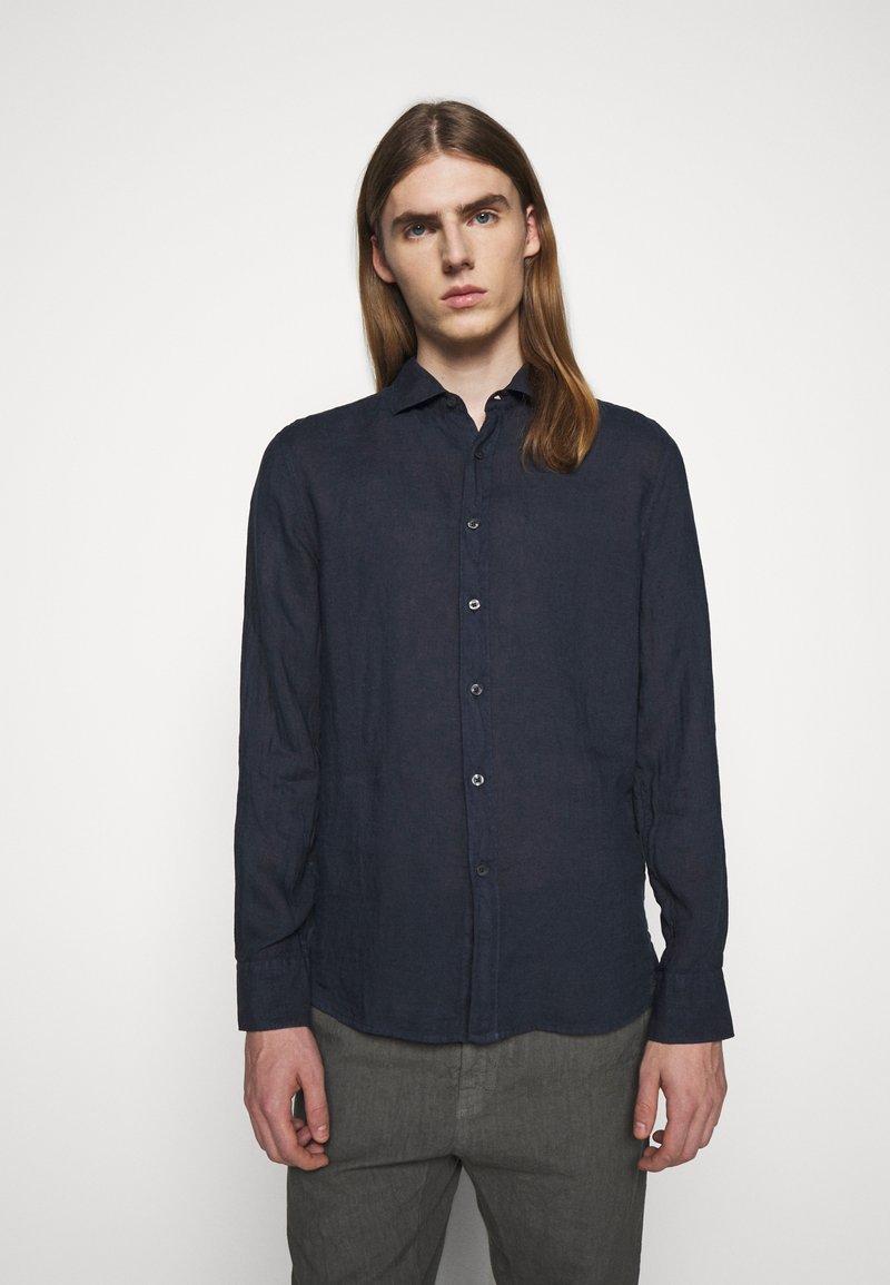 120% Lino - SLIM FIT - Košile - blue navy