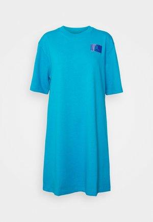ESSEN DRESS - Jersey dress - blue lagoon