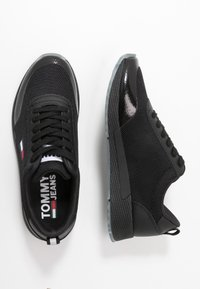 Tommy Jeans - FLEXI RUNNER - Trainers - black - 3