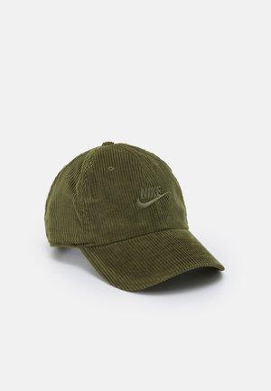 FUTURA UNISEX - Cap - rough green