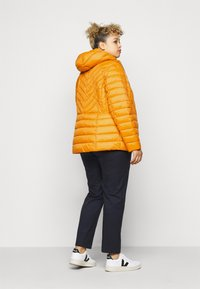 MICHAEL Michael Kors - ZIP FRONT PACKABLE WHOOD - Light jacket - marigold - 2