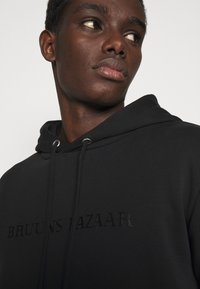 Bruuns Bazaar - BERTIL HOODIE - Felpa - black - 3