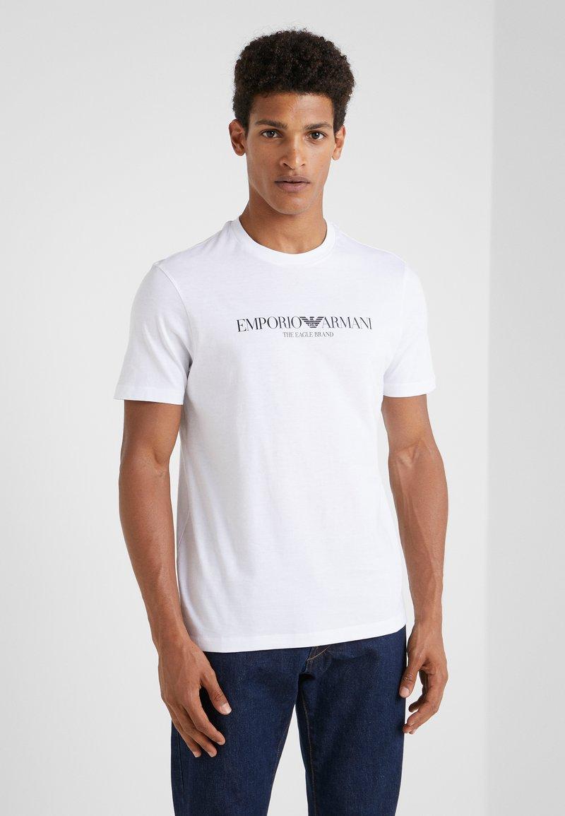 Emporio Armani - EAGLE BRAND - T-shirt med print - bianco ottico