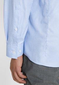 HUGO - ERRIKO EXTRA SLIM FIT - Formal shirt - light/pastel blue - 5