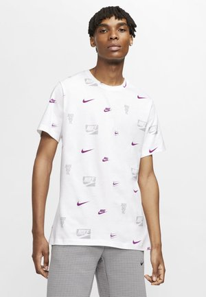CORE AOP TEE - Print T-shirt - white