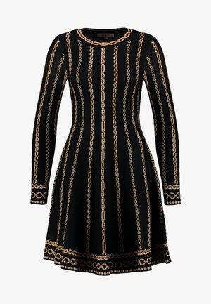 NAVIRE - Pletené šaty - black