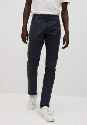 PISA7 - Slim fit jeans - azul marino oscuro