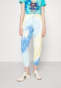 Polo Ralph Lauren - TDYE PO PANT ANKLE ATHLETIC - Tracksuit bottoms - multi-coloured - 2