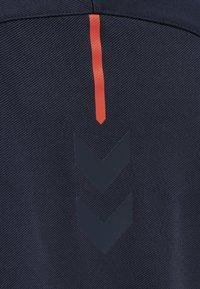 Hummel - Zip-up hoodie - dark sapphire/fiesta - 3