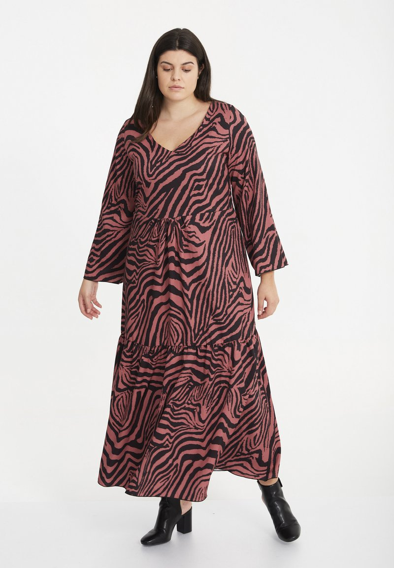 SPG Woman - Maxi dress - raspberry rose