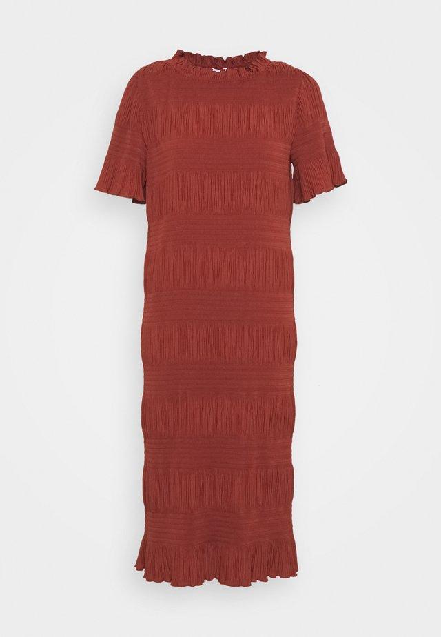 MITZI - Maxi-jurk - henna