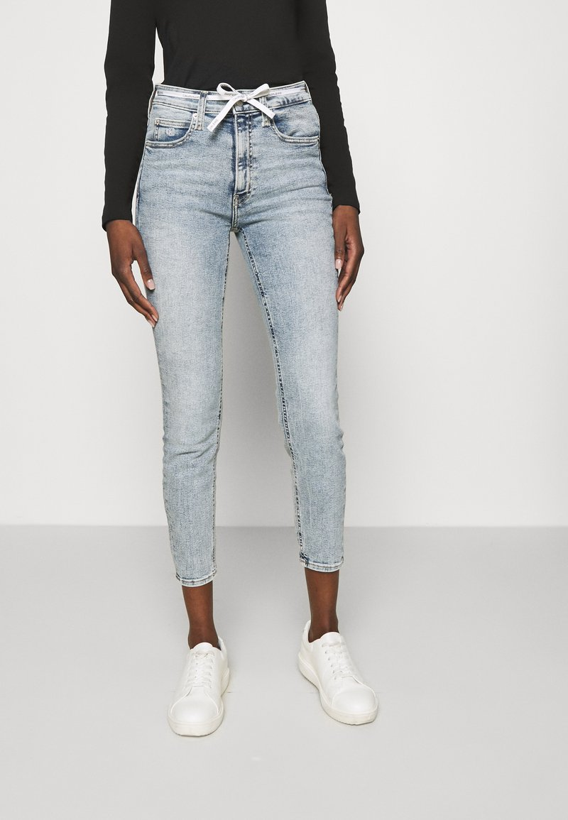 Calvin Klein Jeans - HIGH RISE - Skinny džíny - denim light