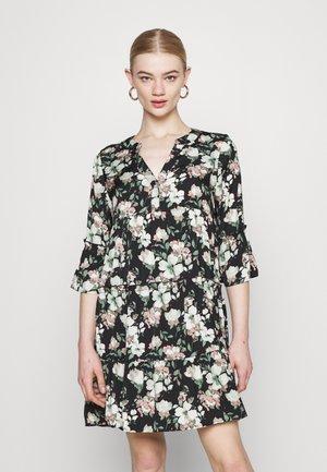 VMINES DICTHE - Day dress - laurel wreath/ines