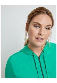 Samoon - Zip-up sweatshirt - electric green - 2