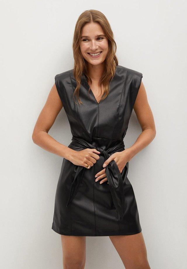 LAILA - Sukienka koktajlowa - schwarz