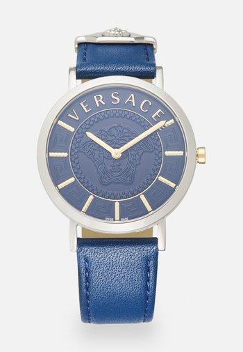 ESSENTIAL - Watch - blue