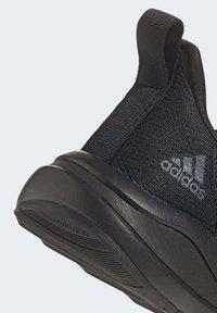 adidas Performance - FORTARUN RUNNING - Obuwie do biegania treningowe - black - 9