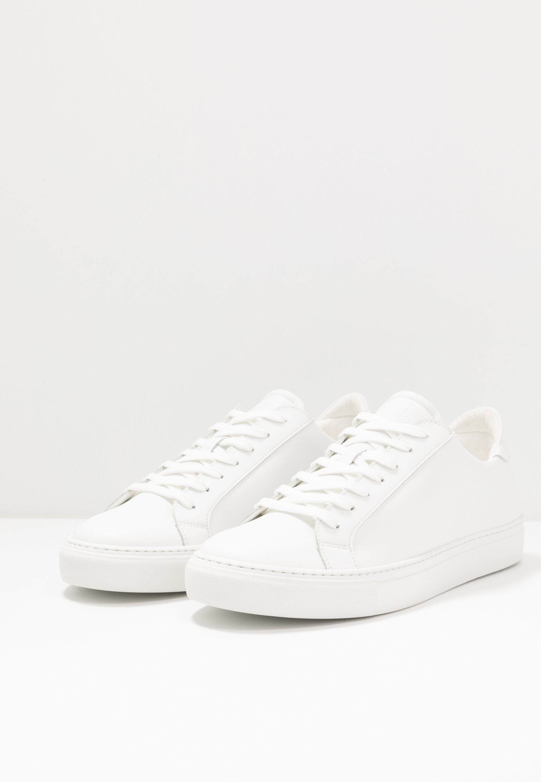 White Type Sko | Garment Project | Sneakers | Miinto.no