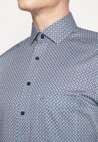 OLYMP Luxor - Luxor - Formal shirt - bleu - 5