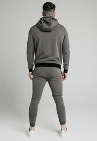 SIKSILK - Trainingsvest - smoked grey - 2