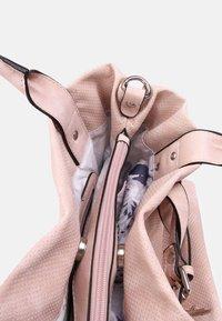 SURI FREY - ROMY BASIC - Handbag - old rose - 3