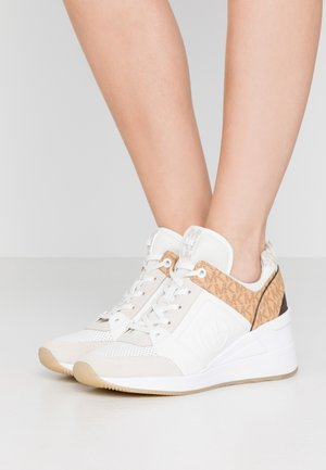 GEORGIE TRAINER - Joggesko - optic white/multicolor