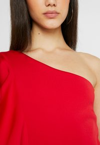 True Violet - TRUE ONE SHOULDER FRILL BODYSUIT - T-shirt print - red - 4