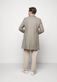 HUGO - MIGOR - Płaszcz wełniany /Płaszcz klasyczny - light/pastel brown - 2