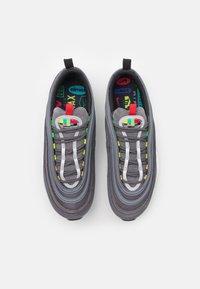 Nike Sportswear - AIR MAX 97 SE - Tenisky - light graphite/obsidian/black - 3
