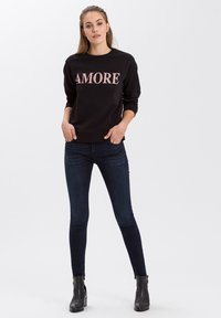 Cross Jeans - Sweatshirt - schwarz - 1
