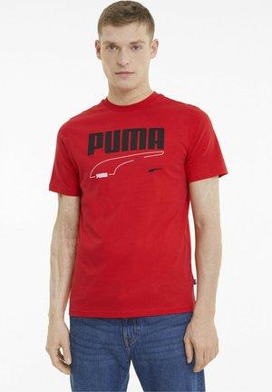 Print T-shirt - high risk red