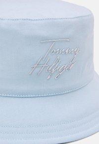 Tommy Hilfiger - SUMMER BUCKET - Hat - frost blue - 2