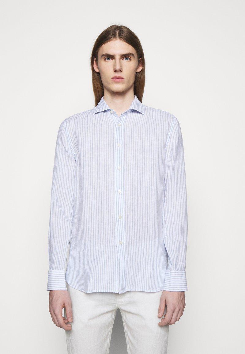 120% Lino - SHIRT SLIM FIT - Camicia - white