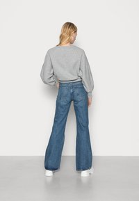 Weekday - TOWER - Flared jeans - deep blue - 2