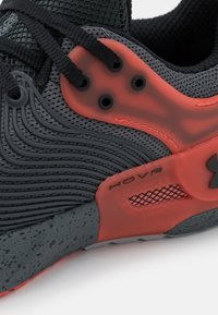 Under Armour - APEX - Sports shoes - pitch gray - 5