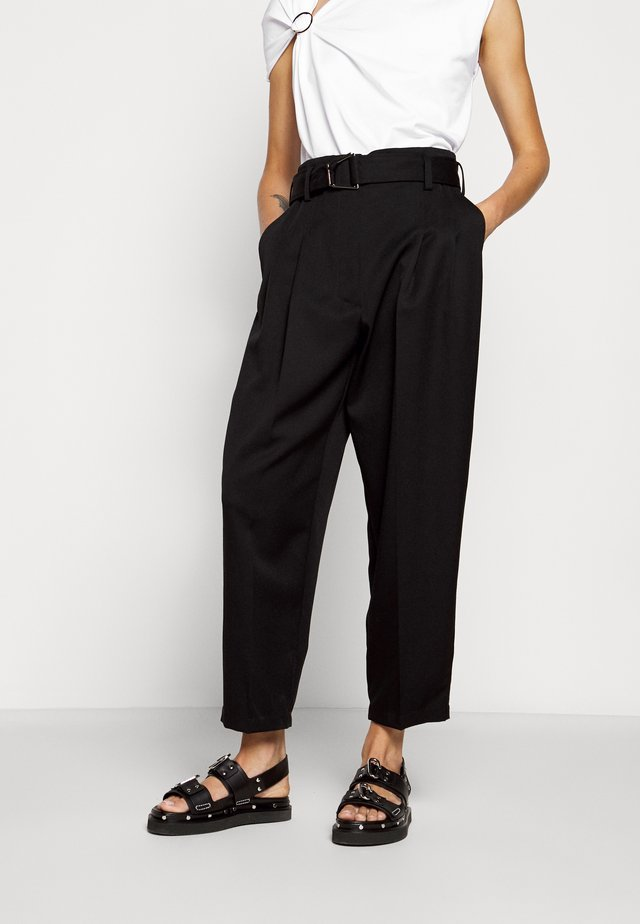 BELTED UTILITY PANT - Stoffhose - black