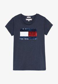 Tommy Hilfiger - FLAG FLIP SEQUINS TEE - T-shirt print - blue - 3