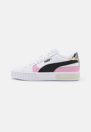 CALI STAR INTL GAME  - Sneakers laag - white/black/lilac sashet