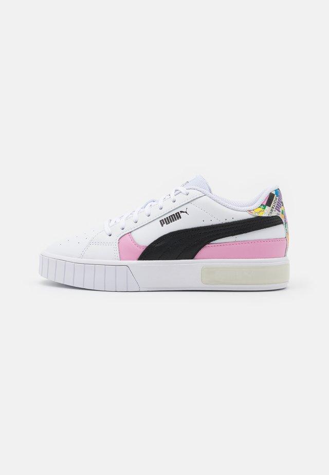 CALI STAR INTL GAME  - Sneakers basse - white/black/lilac sashet