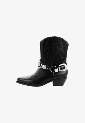 SABBIONCELLO - Classic ankle boots - black