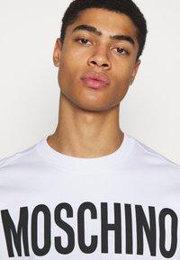 MOSCHINO - Sweatshirt - white - 3